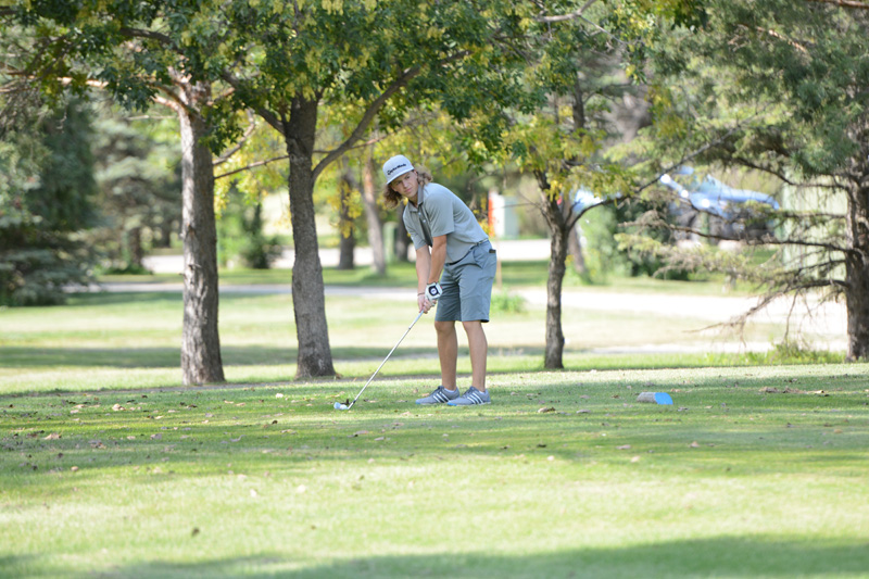 28th 8/31/16 Men's Golf at Jamestown Photo
