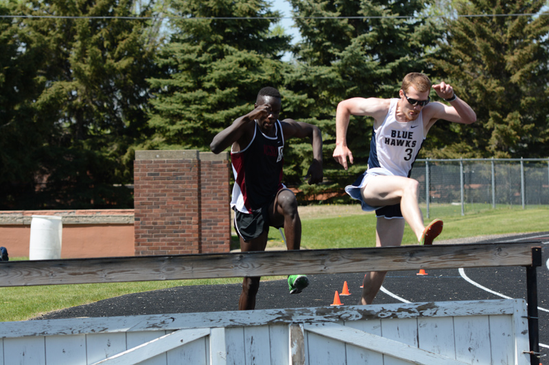 4th 5/12/17 - Day 2 - Men's NSAA Track Photo