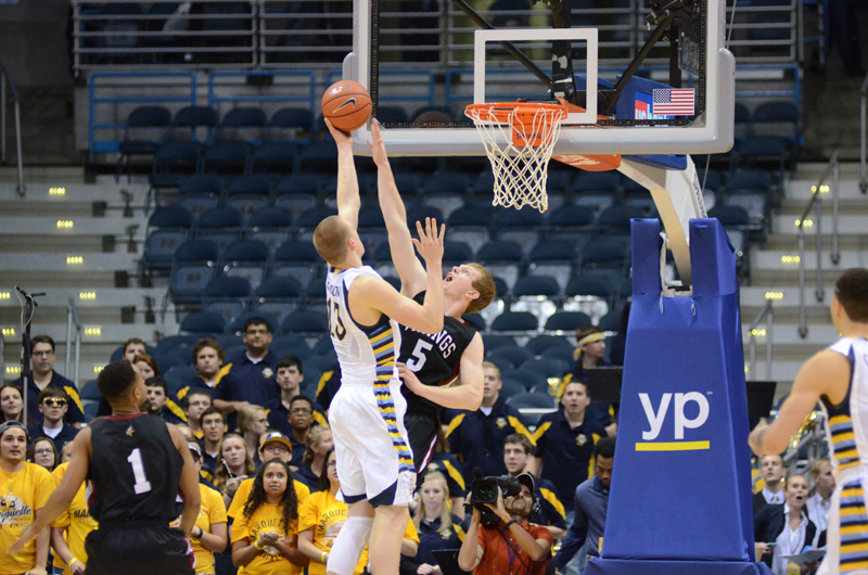 2nd 11/9/15 - MBB at Marquette (Credit: Ricky Bassman) Photo
