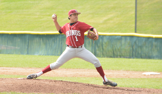 Chip Rosales pitches Sunday for VCSU. (Matt Karlgaard/VCSU)