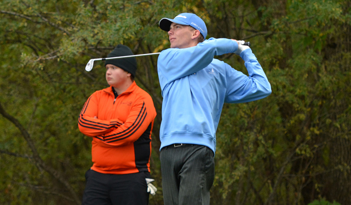 Kyle Wiebe tees off last fall. Wiebe shot a 75 Tuesday at the NSAA/GCAC Championships.