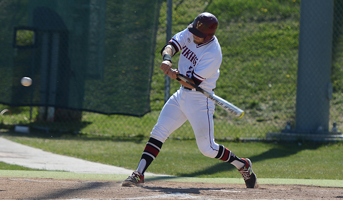 Brady Anderson hits Friday for VCSU. (Jacob Pommerer/VCSU)