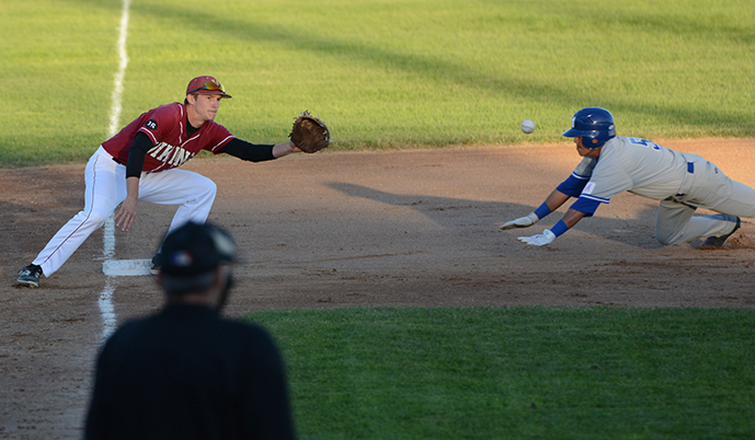 Photo for Big 9th inning carries Comets to 5-2 win over Vikings
